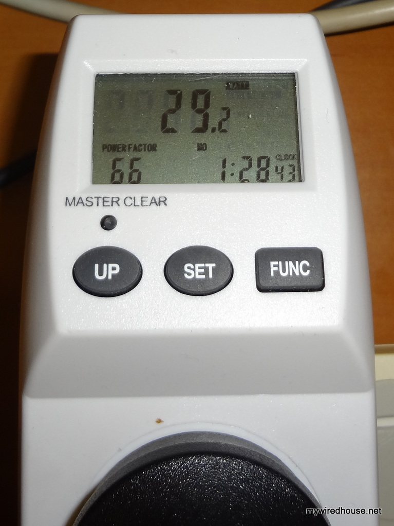 A basic i5-650 system idling at 29.2 watts
