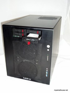 Lian-Li PC-V354b with Vantec EZ Swap F4 drive bay adapter in it.