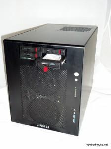 Lian-Li PC-V354b with Vantec EZ Swap F4 drive bay adapter in it.